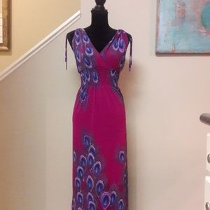 Jon & Anna/ Sleeveless/ Peacock Print/ Maxi Dress
